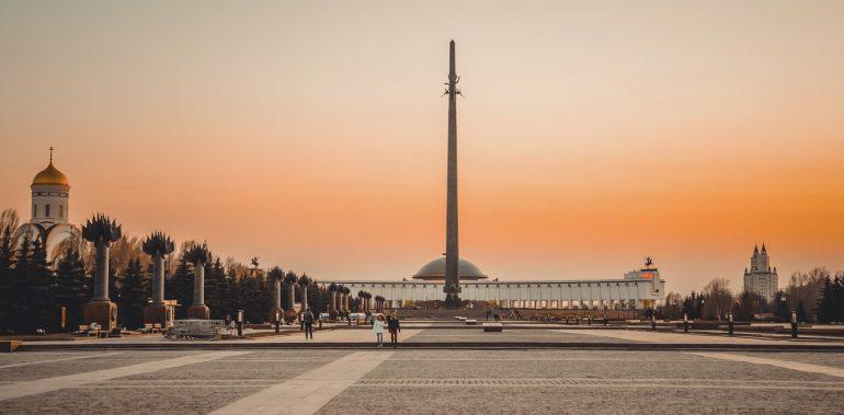 Достопримечательность Москвы - Поклоная гора на Woman Planet