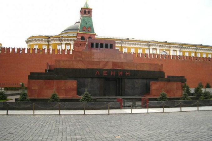 Достопримечательности Москвы - мавзолей на Woman Planet