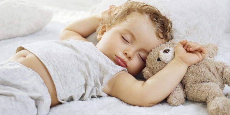 Отучить ребенка боязни спать в одиночестве на Woman Planet