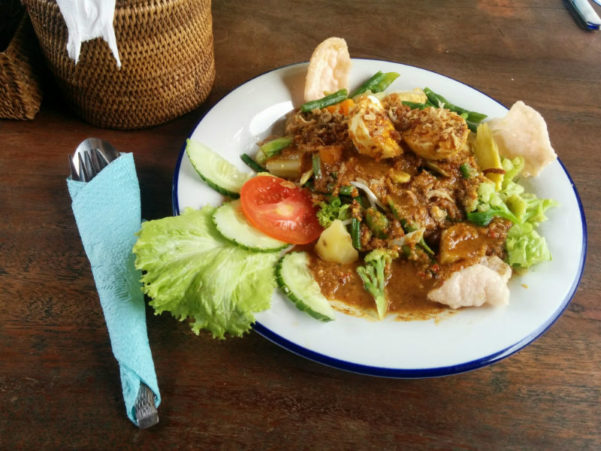 Вегетарианские блюда на Бали на Woman Planet