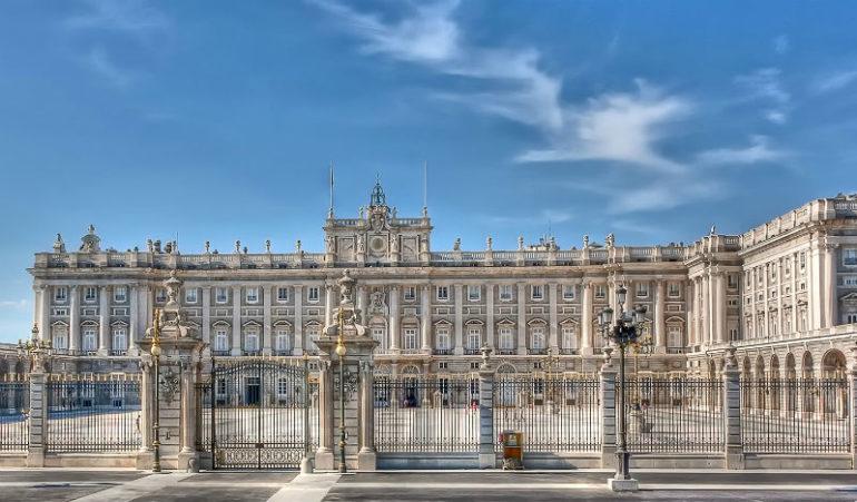 Королевский дворец (Мадрид) Woman Planet