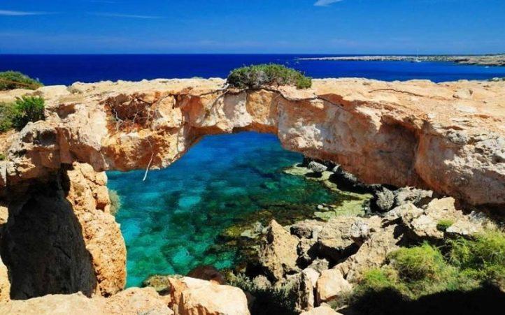 Достопримечательности Кипра на Women Planet
