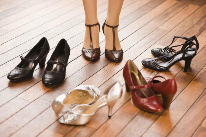 Способы устранения запаха из обуви на Women Planet