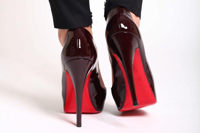 Как не допустить запаха их обуви на Women Planet