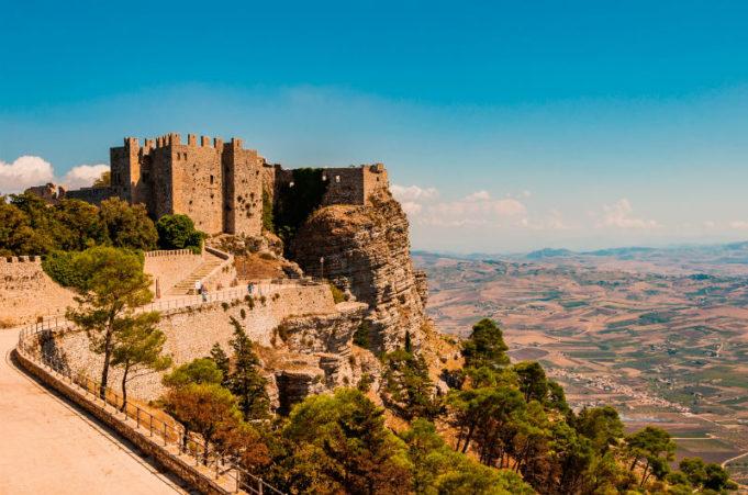 Достопримечательности и легенды Сицилии на Women Planet
