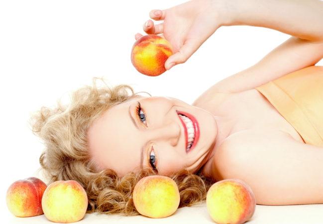 Персиковое масло свойства и применение для кожи и волос